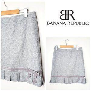 BANANA REPUBLIC Wool Velvet Bow Grey A-Line Skirt